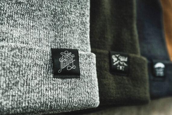 Bonnet gris clair chiné à revers Love Nature