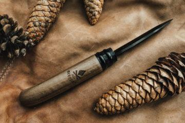 Couteau de poche à lame noire - Petit Bivouac - L'âme noire