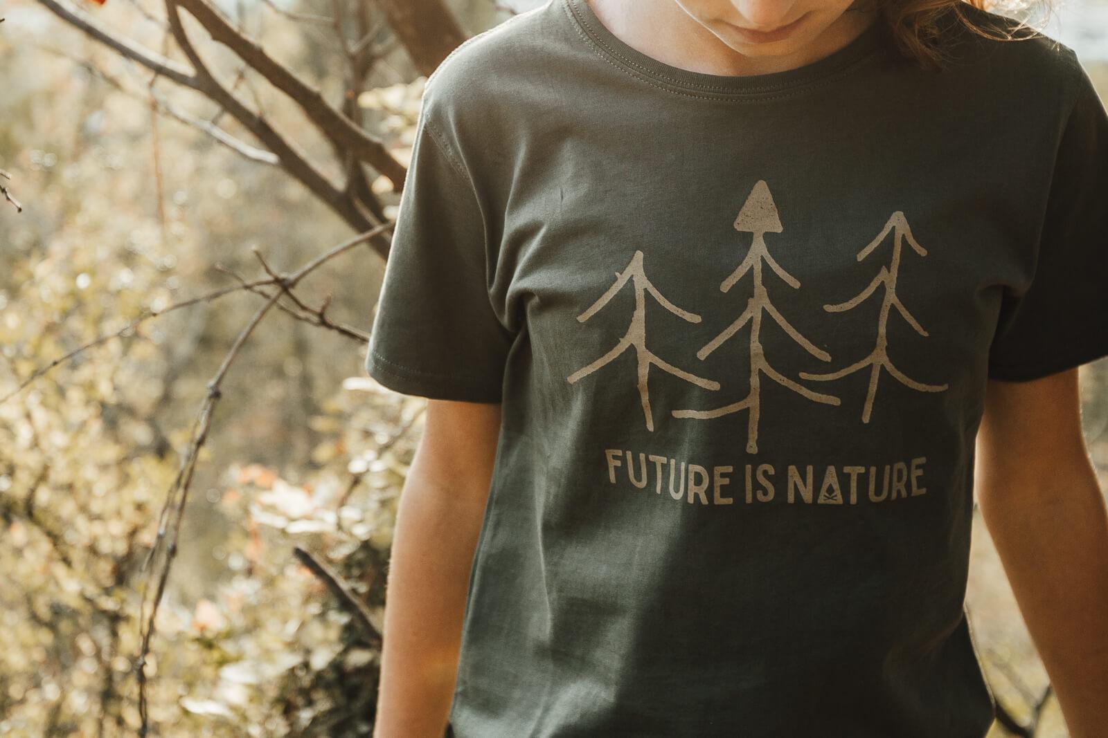 T-shirt enfant Bio – Future – Vert Mousse – Petit Bivouac